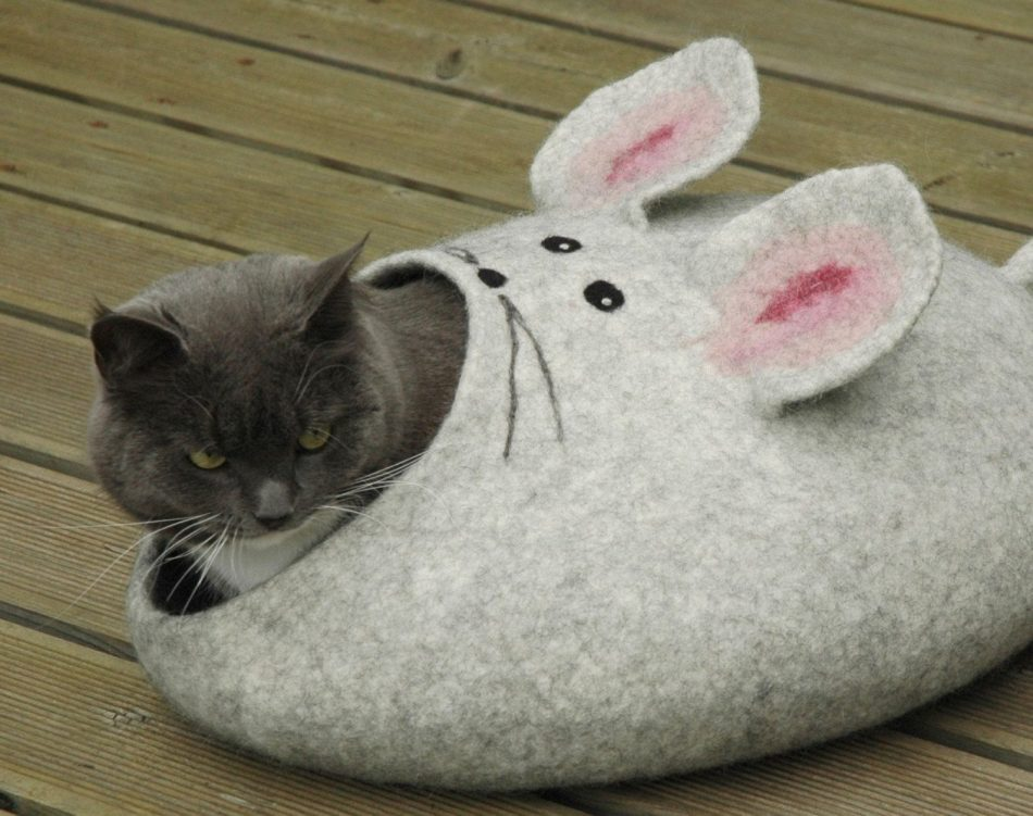 Felted Cat mouse bed/ cat cave/ house/ basket S-XL by Wool4Art on Etsy