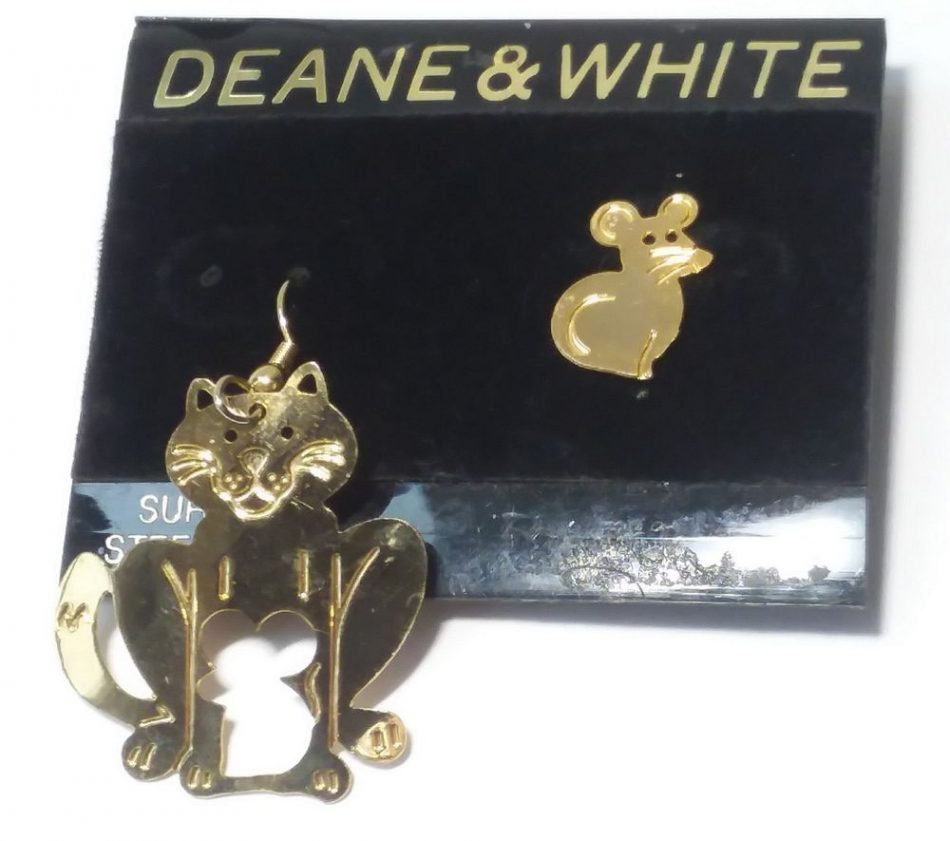 DEANE & WHITE Gold CAT MOUSE EARRINGS Dangling KITTY Post Pierced CUT OUT Rodent…