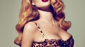 Pinup Girl by Charlotte Walker. I love her the length, the lipstick. shes gorgeous