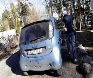 Electric Cars Fail to Rev Up Germans
